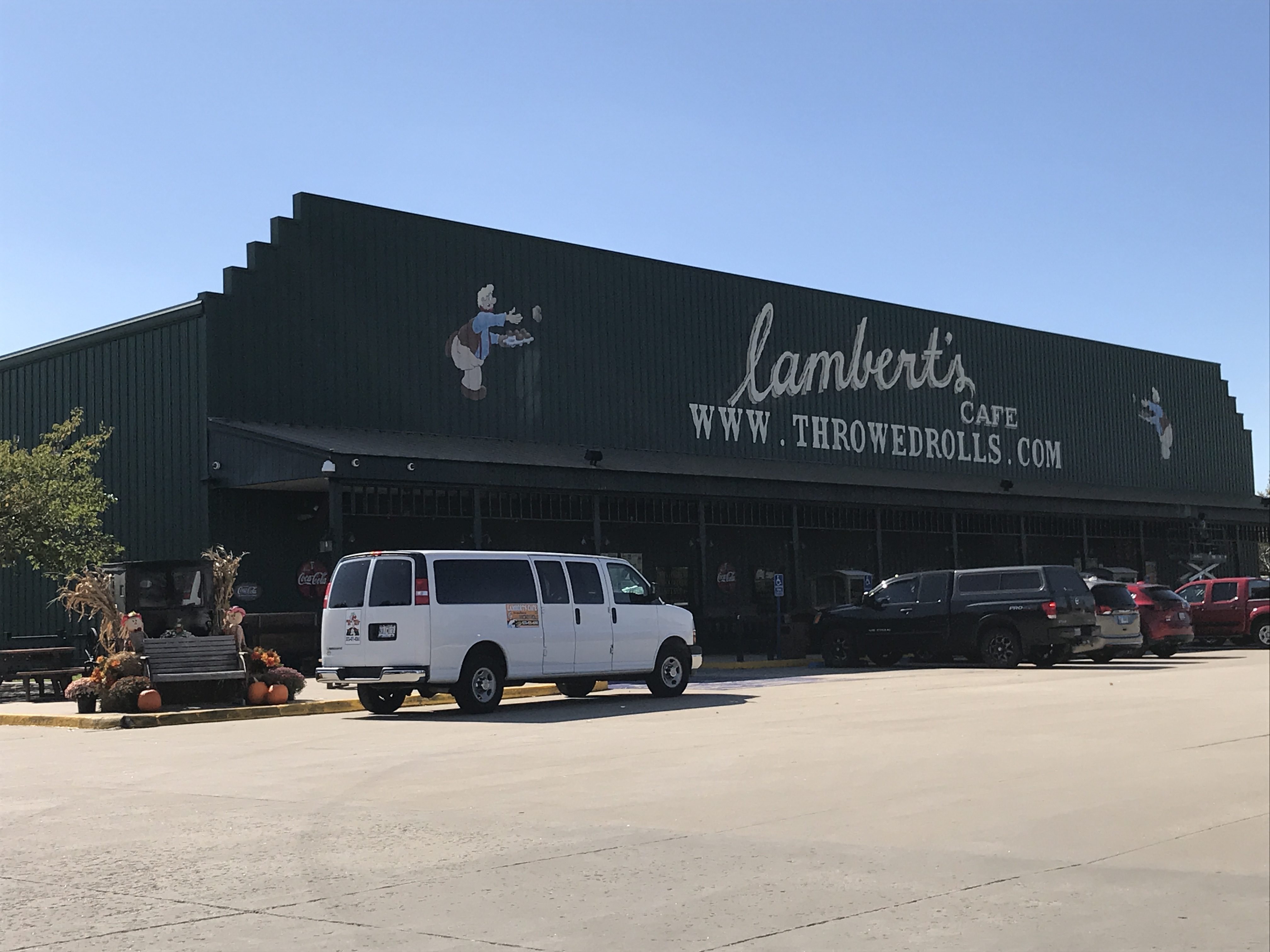 Lambert's Cafe, Home of the Throwed Roll