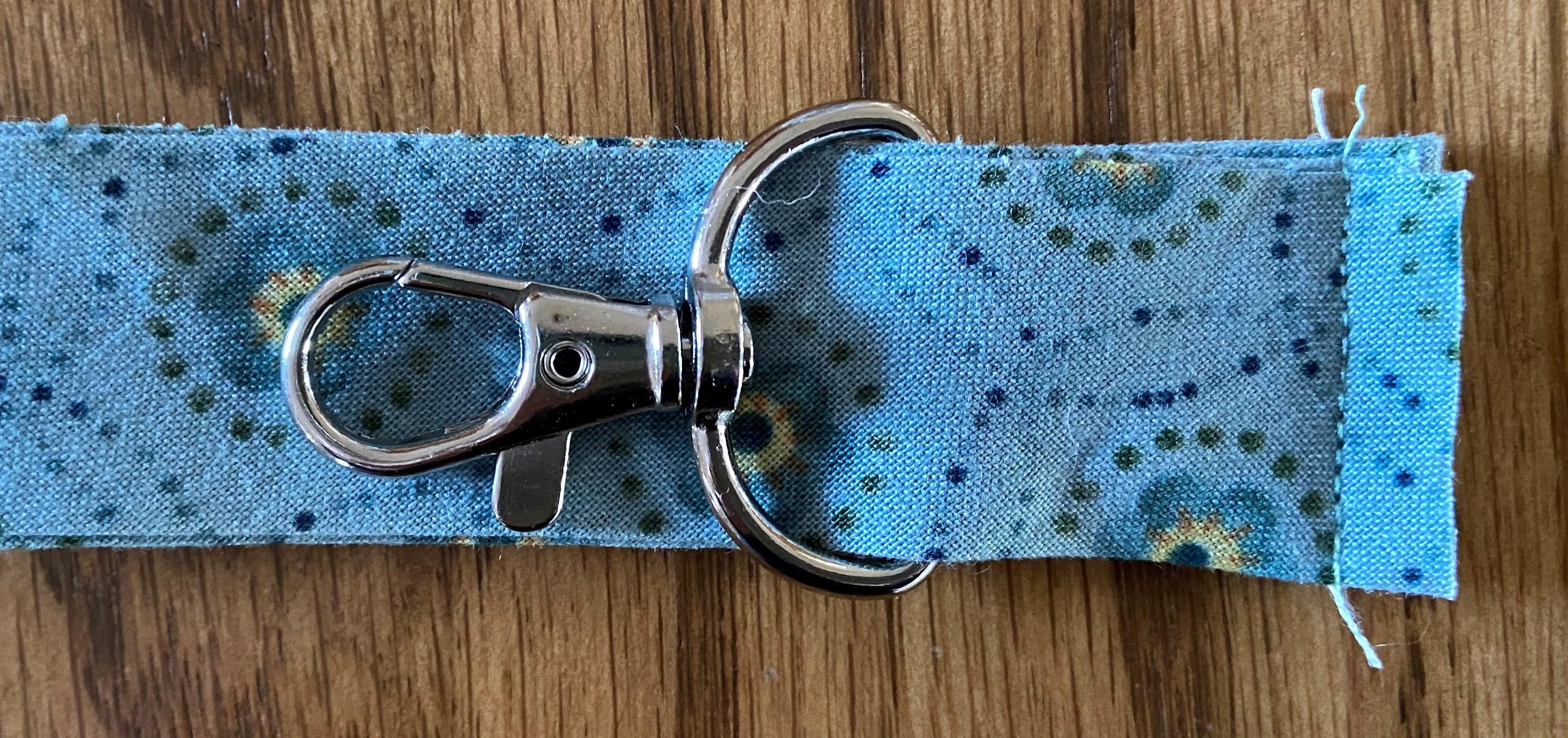 Scissors String c
